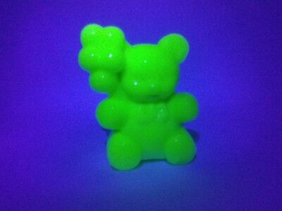 Collectable Boyd Glass Patrick The Bear Figurine Uranium Glows Under UV Light