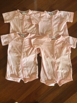 4 x Bonds Summer Zippy's Size 2 (18-24 Months), In Great Condition!