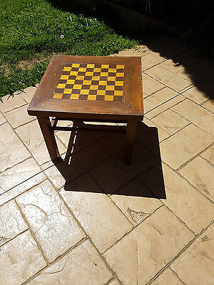 Old Wooden Table With Built In Chess Board & Chess Pieces