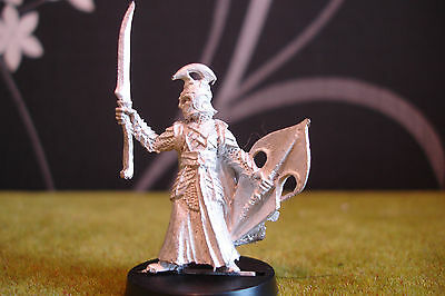 Warhammer Lotr - High Elf Captain With Sword (Metal Rare Pose)