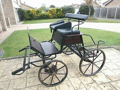Bellcrown Pony carriage cart.