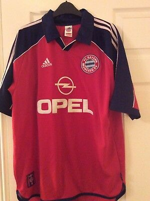 Bayern Munich Football shirt. Size L