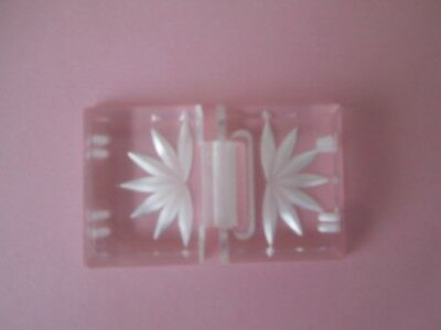 ATTRACTIVE  VINTAGE  PERSPEX  BUCKLE  No. 1
