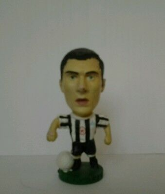 Keith Gillespie Newcastle United Corinthian football figure