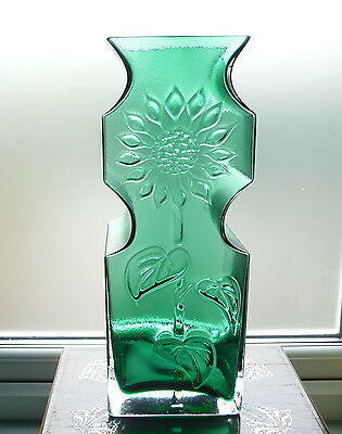 "Dartington Frank Thrower FT35 Sunflower Floor Vase Green 15.25"". Etched 'D' logo"