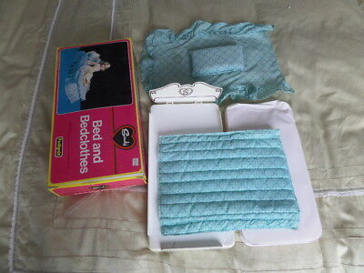 Vintage Sindy Bed, Matress, Covers, Valance Sheet, Pillow, Boxed.