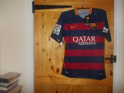Barcelona Home Football Shirt By Nike In Size M Season 2015/16  New With Tags