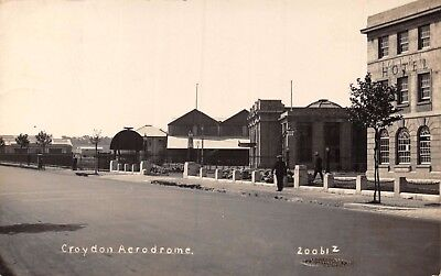 Surrey Croydon Aerodrome Entrance & Hotel From Purley Way Road Photo Card