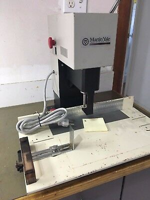 Martin Yale Model 202 Hole Heavy Duty Paper Drill. Working.