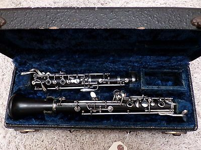 Continental Colonial Wood Oboe in Case (CG Conn Stencil)