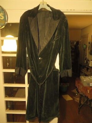 Museum Piece! Circa 1900 Crushed Green Velvet Robe  City of Paris   MUST SEE