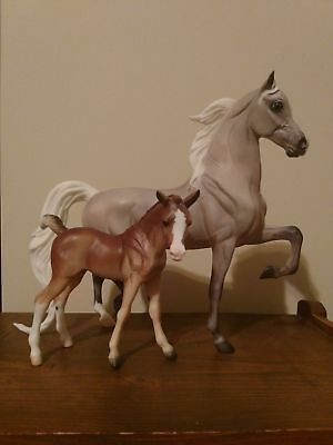 Traditional Breyer Model Horses Color Crazy Treasure Hunt mare and foal