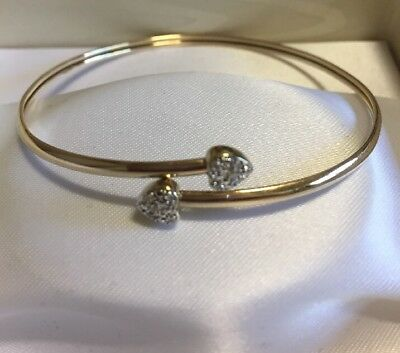 DISCOUNTED Genuine 9ct gold bangle with 10 diamonds