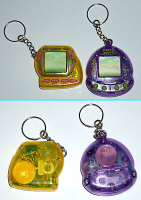 Lot of 2 Giga Pets / Compu Kitty + Digital Doggie (1997 / Excellent Condition)