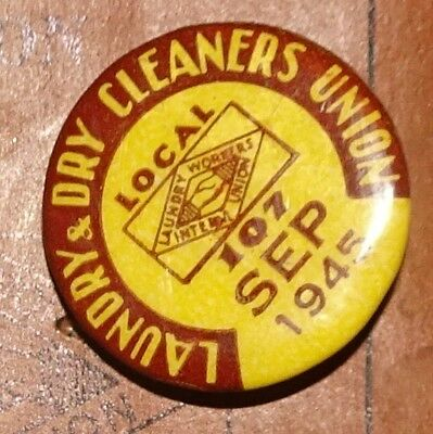 WW2 Era 1945 Laundry Workers Int'l Union Book Local 107 Pin Dry Cleaners Badge