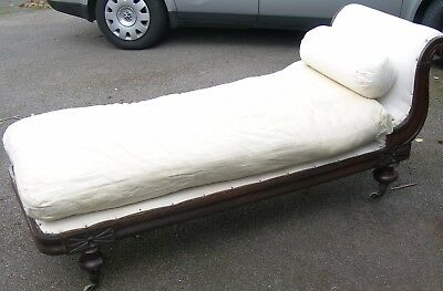 Antique/Vintage Chaise Lounge Day Bed