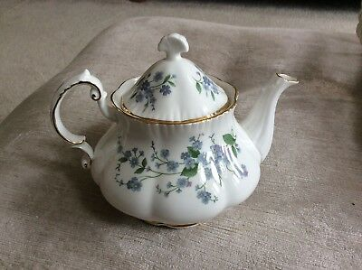 Paragon Teapot - Forget me not  In Excellent Condition