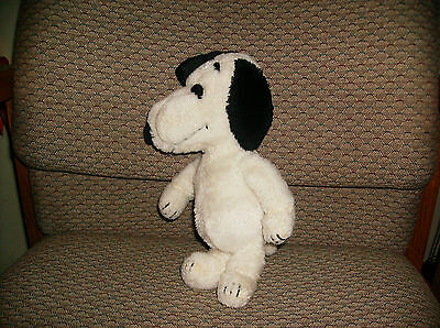 Snoopy Plush 1968 11 inches Tall  Made in Korea Peanuts United Feature