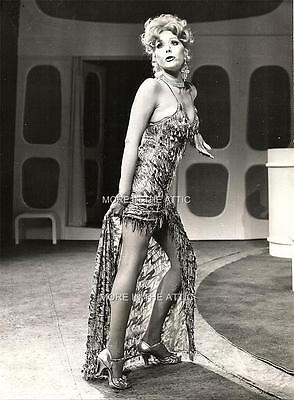 Rare Sexy One Of A Kind Diana Rigg Of Avengers Fame Jumpers Candid #3