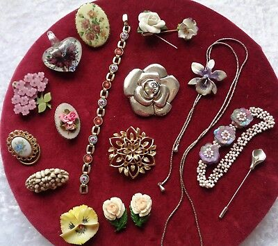 Beautiful Vintage Collection / Job Lot Of Vintage & Collectabl Flower Jewellery