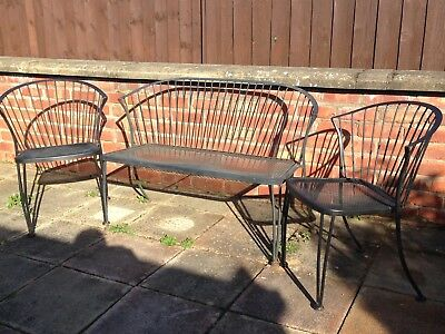 2 Seater Garden Bench and 2 matching chairs