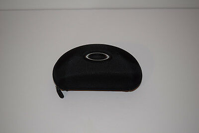 Oakley NWOT Zippered Sunglass Case Black 100% Authentic (BLANK NO INSERT)