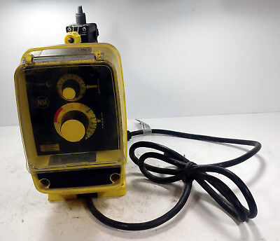 1 Used Lmi Milton Roy Aa161-460Si Electromagnetic Dosing Pump ***Make Offer***
