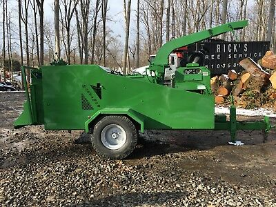 2003 Woodsman Model 2118 Chipper