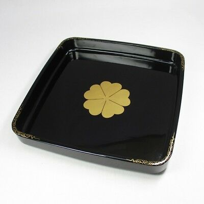 A322: Japanese lacquer ware square tray with MAKIE family crest SAKURA-MON