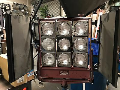 Mole Richardson 9 light Fay TYPE 5541 with FCX bulbs and 60 amp Bates feeder