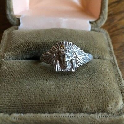 Vintage Native American Chief With Headdress Sterling Silver Ring