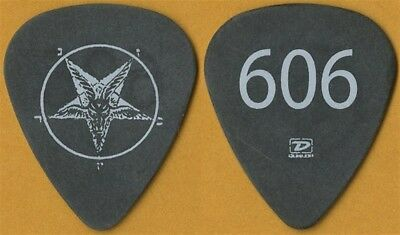 Foo Fighters Dave Grohl real 606 band recording studio 2005 tour Guitar Pick