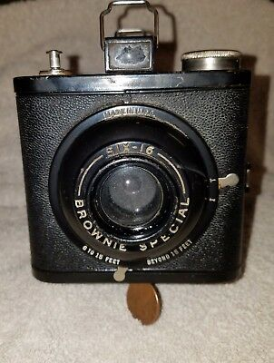 Old  Eastman Kodak Brownie Special Box Camera! Made on the USA!