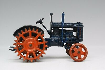 "BRITAINS FARM #127F ""FORDSON MAJOR"" TRACTOR (SPUDDED WHEELS) Good Condition...!!"