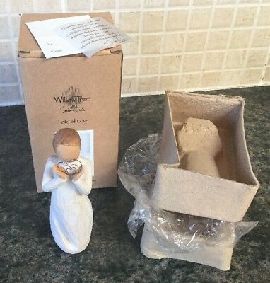 """New In Box - Willow tree """"Lots of Love"""" Figurine"""