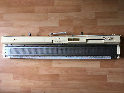 Brother KH 864 knitting machine with Brother KR 850 ribber