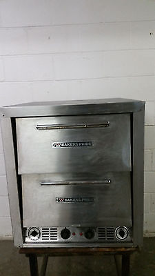 Bakers Pride P-44 Countertop Stone Deck Pizza Sub Oven Tested 230 Volt Heats 500