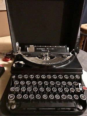 1930s VIntage Remington No 5 Portable Typewriter in Case Art Deco Era
