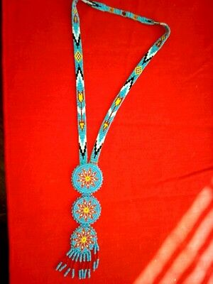 Oglala Sioux Beaded Necklace. Flower design