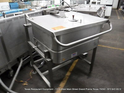 Groen Gas Tilt Skillet Braising Pan 30 Gallons, Model N-FP-E-3