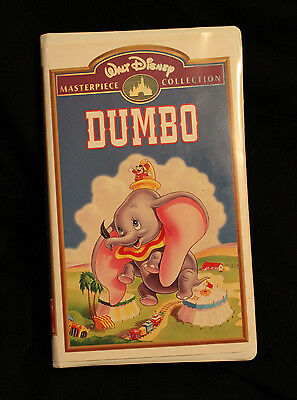 Dumbo Walt Disney's Masterpiece Collection on VHS with origonal Inserts RARE