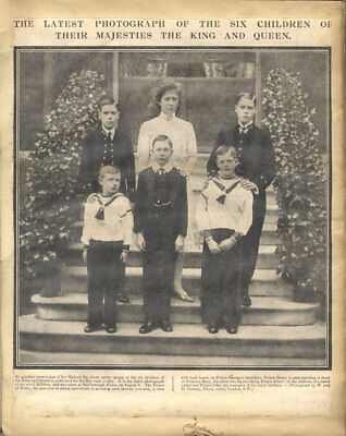 A Pair of  Early 20th Century Album - Albums of Royal Family Interest