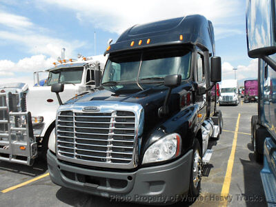 2013 Freightliner Cascadia Cummins Isx 450Hp 10 Speed Automatic Transmission