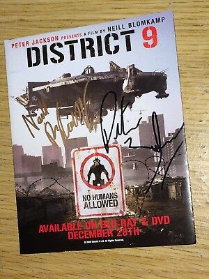 District 9 Artwork Signed By Niell Blomkamp & Peter Jackson Lord Of The Rings