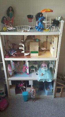 Vintage Sindy House Home (HOUSE ONLY, DOLLS & ACCESSORIES NOT INCLUDED) in box