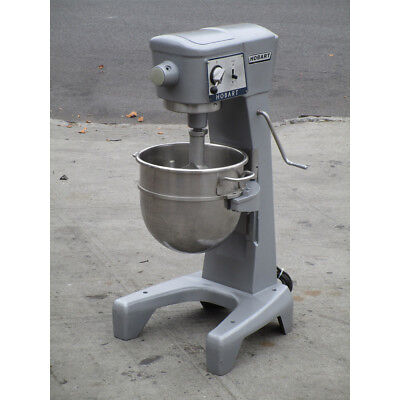 Hobart 30 Quart D-300 Mixer, Great Condition