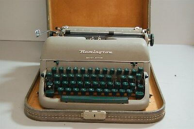 Vintage Remington Quiet-Riter  Miracle Tab Portable Manual Typewriter w/ Case