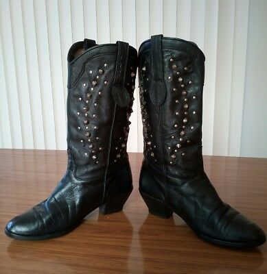 Unique vintage 80s studded western/cowboy style boots made in Italy size 38