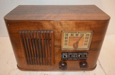 AWESOME ART DECO WOOD DELCO RADIO RECEIVER with PUSHBUTTONS
