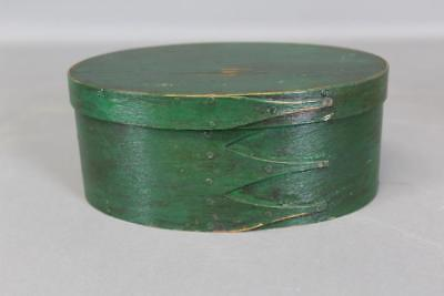 A Nice 19Th C Enfield Ct Shaker Four Finger Oval Pantry Box In Old Green Paint